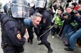 Đàn áp biểu tình hôm 3/8, cảnh sát Nga bắt giữ hơn 800 người