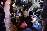Hồng Kông, biểu tình ở Hồng Kông, cảnh sát tấn công người biểu tình