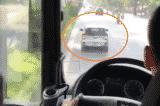 không nhường đường cho xe cứu hỏa, xe ưu tiên