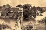 Người đầu tiên chụp ảnh cầu Thê Húc – đền Ngọc Sơn