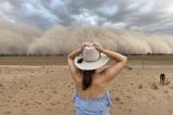 cháy rừng, mưa giông, Úc xuất hiện bão bụi và mưa đá