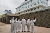 Bệnh viện Bạch Mai lập bệnh viện dã chiến