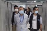 Người Hồng Kông kêu gọi ủng hộ Apple Daily sau sự kiện cảnh sát bắt người