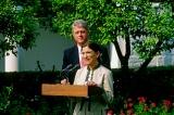 Bà Ginsburg qua đời: Vị trí Thẩm phán quan trọng thế nào với Mỹ?