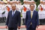Thủ tướng Nhật Bản Suga tới Hà Nội, thúc đẩy đầu tư và an ninh trong khu vực