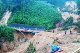 64 người chết và mất tích do mưa lũ tại các tỉnh miền Trung và Tây Nguyên