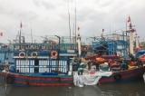3 người trong 26 ngư dân mất tích được tàu Hồng Kông vớt cứu