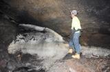 Bí ẩn tộc người sinh tồn trong ống dung nham ngập băng từ hơn 10.000 năm trước
