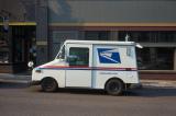 Nhân chứng: USPS đã vứt bỏ, ghi lùi ngày hàng ngàn lá phiếu trước bầu cử